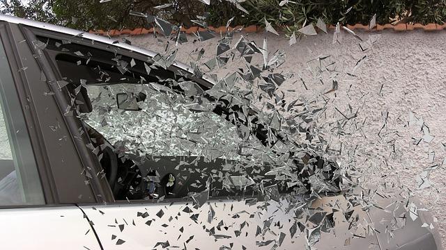 Car accident 337764 640