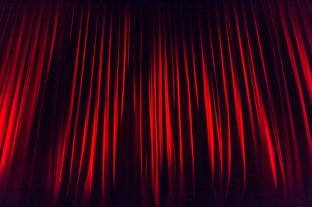 Stage curtain 660078 640