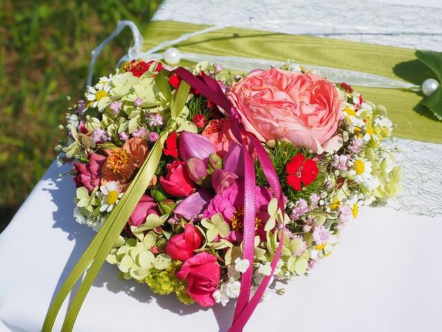 Bridal bouquet 693624 640