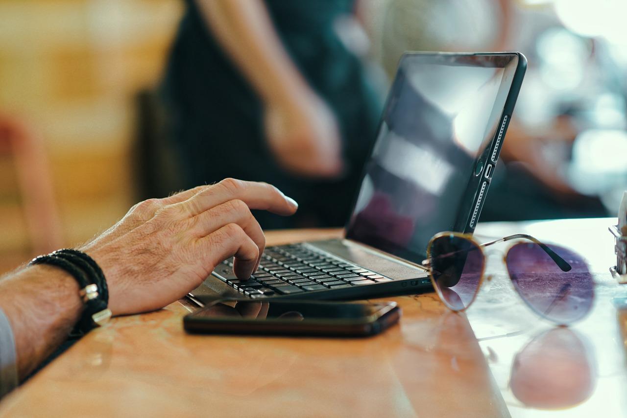 Laptop 951954 1280