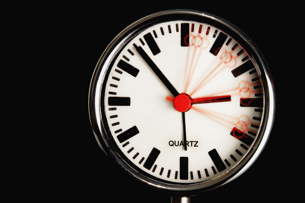 Clock 611619 1280